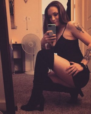 Dilwen escort girl in Rantoul